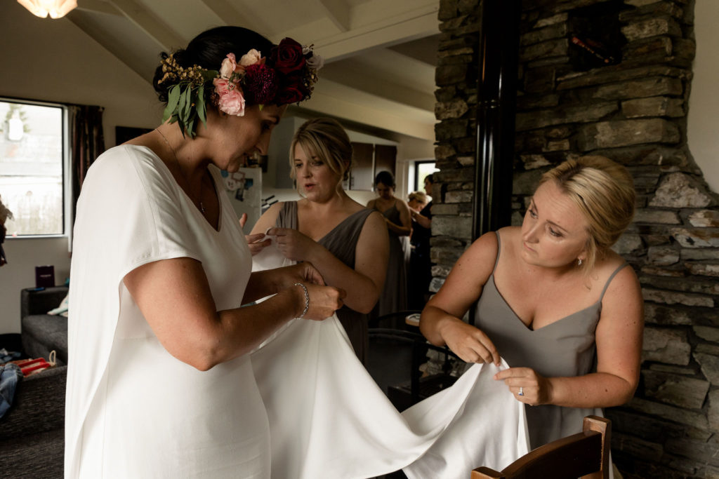 Sam and Sharlene - Getting Ready on their wedding day - Susan Miller Photography