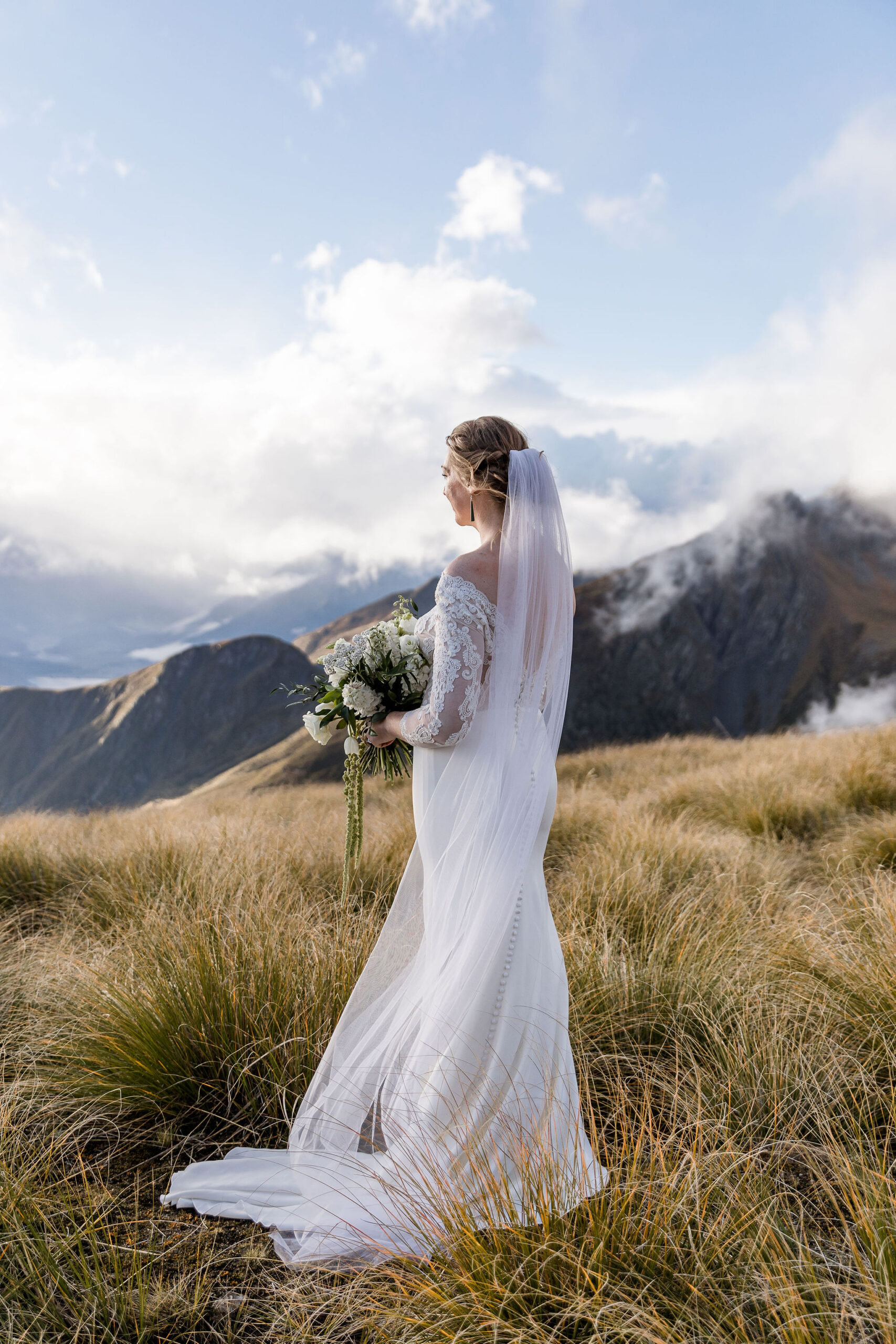 Heli Glenorchy Elopement - Susan Miller Photography