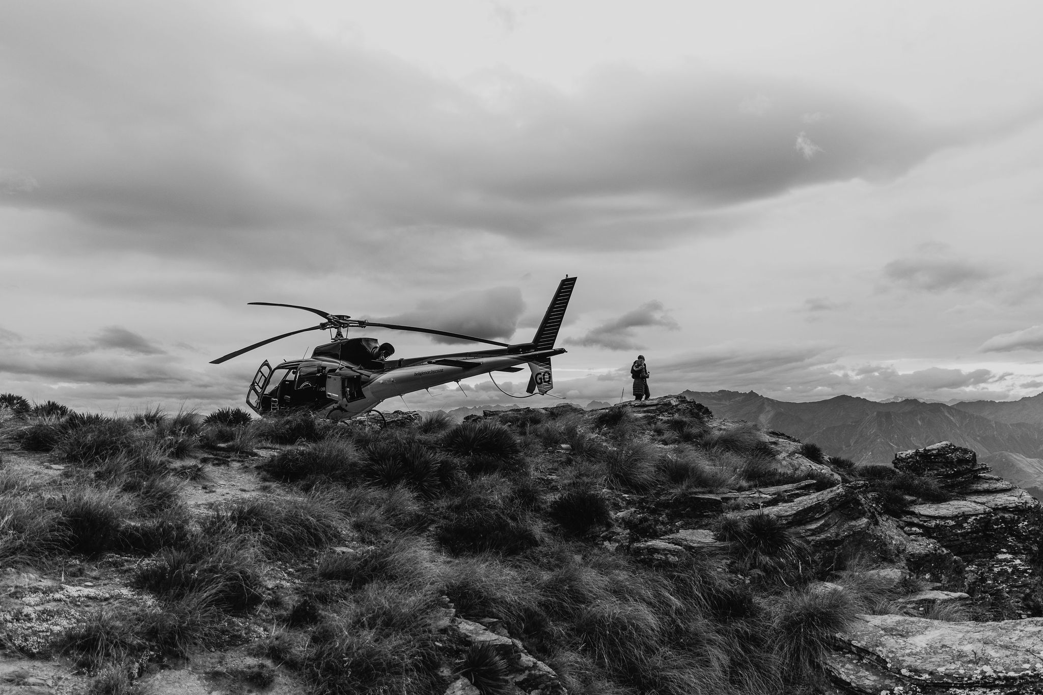 Heli Works at the Ledge - Cecil Peak - Susan Miller Photography